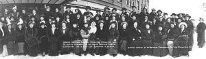 The Women's Auxiliary Committee of the United Farmers of Alberta, 1915