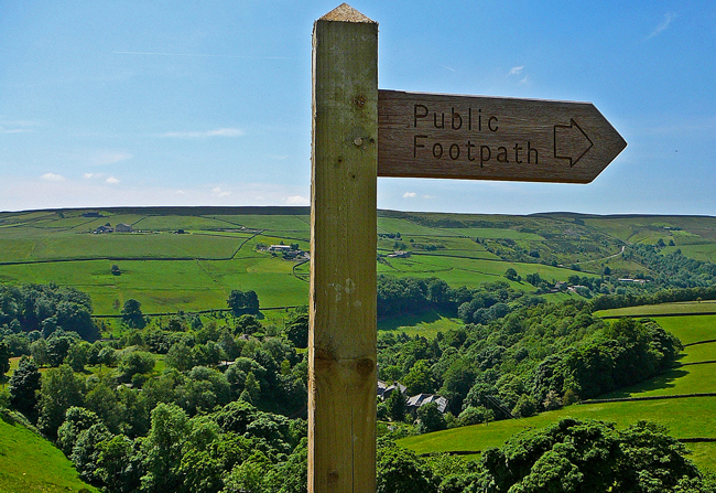 Footpath to Caty Well bridge. Image credit: Tim Green.
