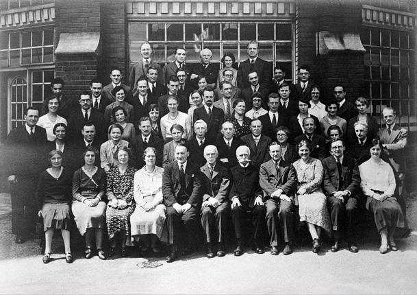 Lister Institute archives: Wykeham studios, group portrait.