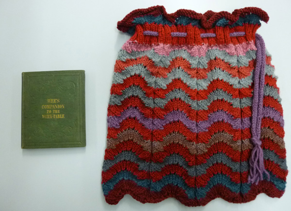 Cornelia Mee's book and the knitted shell patternbag
