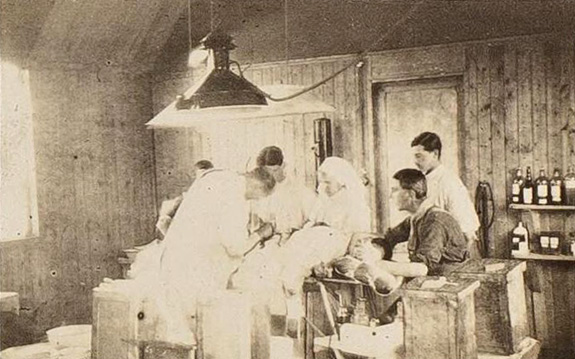 WWI RAMC operating theatre