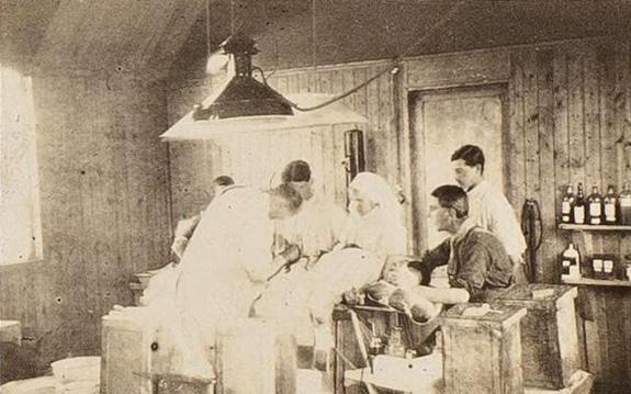 WWI RAMC operating theatre