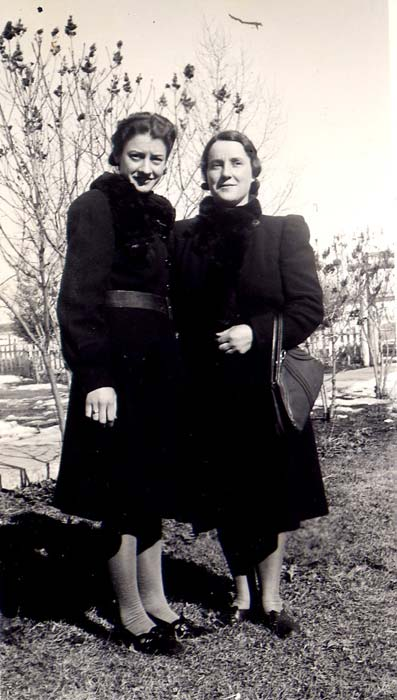 Juliette Gratton, Laura Brousseau