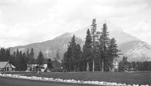 Cabins near Tunnel Mountain