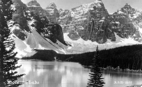 Lac  Moraine, Valley des  Dix Pics