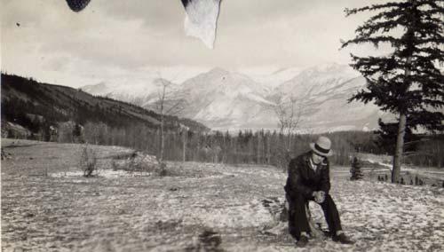 Ernest Forrend dans les montagnes