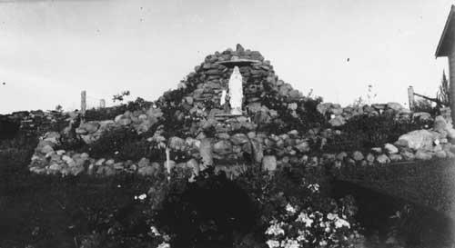 Grotto at Saint-Vincent