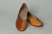 Jessica Description: Two toned kid leather slip-on style Dimensions: H:3.00 x W:3.00 x D:7.00 Inches
