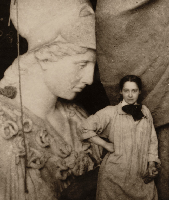 Enid Yandell with Pallas Athena, detail, 1896 / unidentified photographer. Enid Yandell papers, 1878-1982. Archives of American Art, Smithsonian Institution.