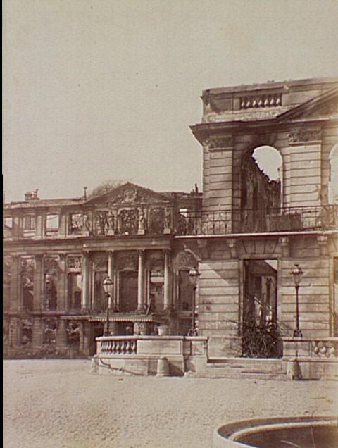 Bien connu Château de St. Cloud., Siege of Paris, Special Collections  PY08