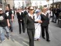 linda_montano_as_mother_teresa_and_bodyguards
