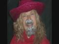 grimace-red-hat