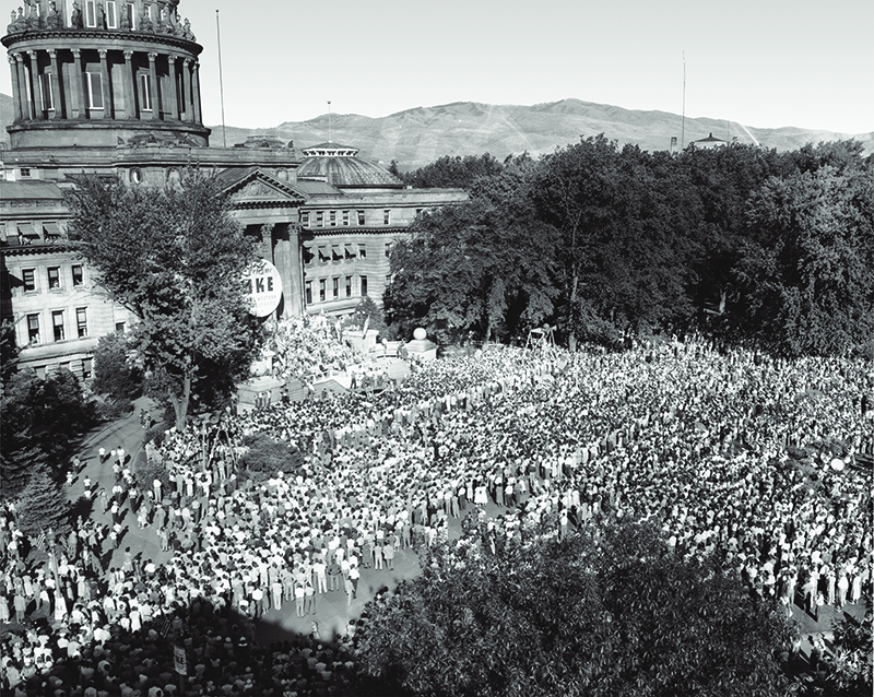 photo of Ike rally at capitol