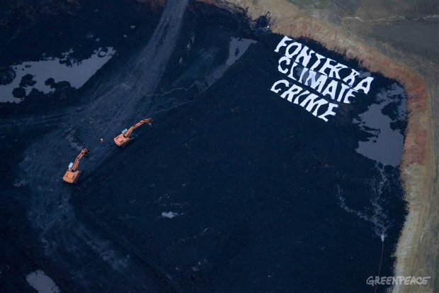 Activists shut down a pit of a lignite coal mine in NZ