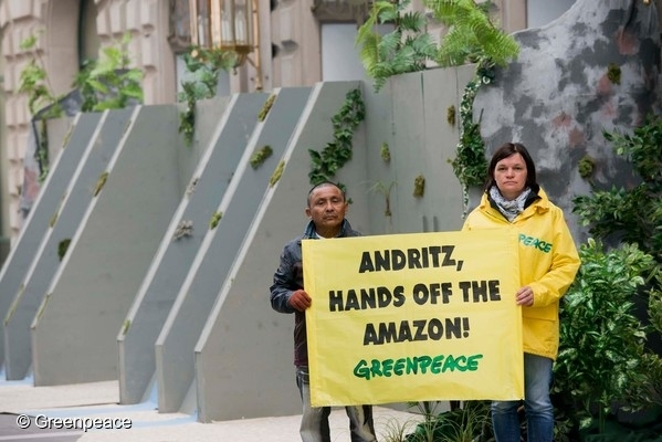 Activists peacefully protested against a planned mega dam project in the Brazilian Amazon rainforest at the annual general meeting (AGM) of the Austrian company Andritz, one of the global leaders in technology for hydroelectric dams. 30 Mar, 2016 © Greenpeace