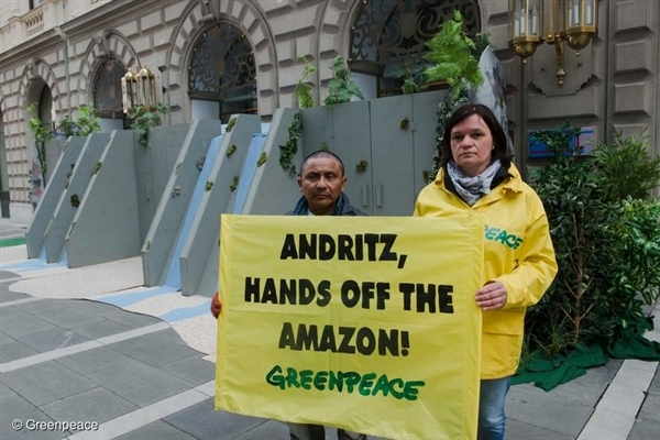 Symbolic Dam Protest at Andritz annual general meeting (AGM) in Graz, Austria. 30 Mar, 2016,  © Greenpeace