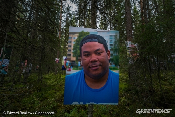 Giant Portraits in Swedish High Value Forest Threatened by Logging