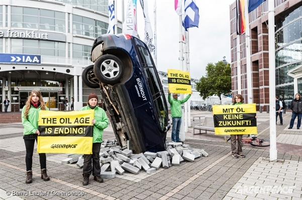 Protest at Opening of IAA in Frankfurt