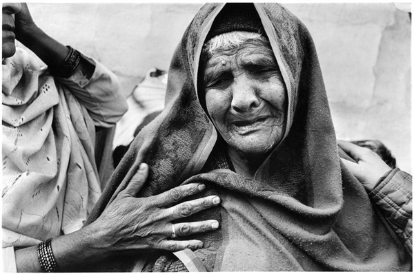 "Noori Bi, Rajgarh Colony, Bhopal 2002 Noori Bi is a ""gas widow"" who lost her family in the first few days of the tragedy. 1 Jan, 2002 © Greenpeace / Raghu Rai"
