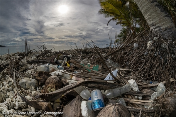 Plastic waste is seen washed ashore in the Truk Lagoon, Micronesia. 15 Jun, 2016,  © Robert Marc Lehmann / Greenpeace