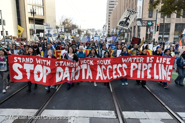People gather in support of the Standing Rock Nation at the City Center Plaza of San Francisco.  15 Nov, 2016  © Michael Short / Greenpeace