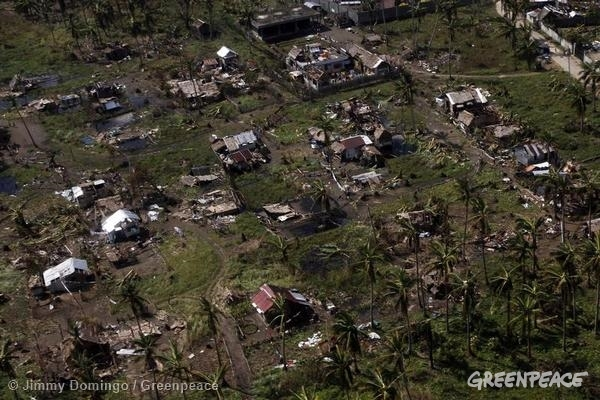 Typhoon Hagupit Devastation in The Philippines. 12/09/2014 © Jimmy Domingo / Greenpeace