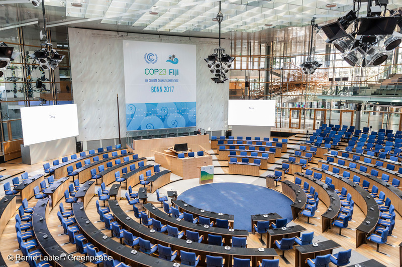 Bonn, DEU, 03.11.2017Plenarsaal der UN-Klimakonferenz (United Nations Framework Convention on Climate Change, 23nd Conference of the Parties, kurz COP 23) im World Conference Center (WCC)