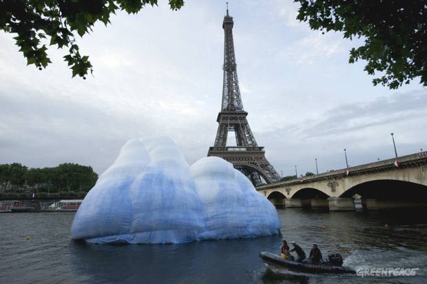 Iceberg Action in Paris