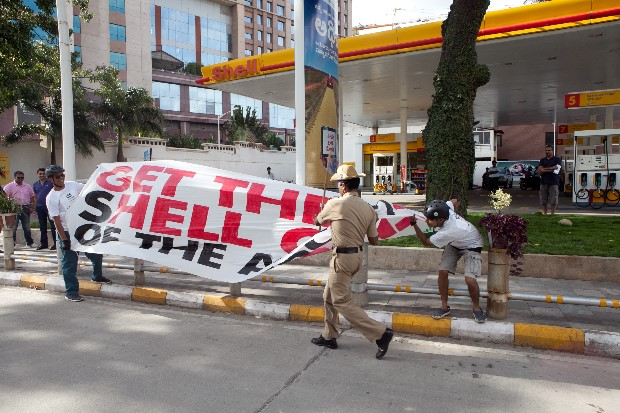 Cycle rally in Bangalore protesting against Shell drilling for oil in the Arctic