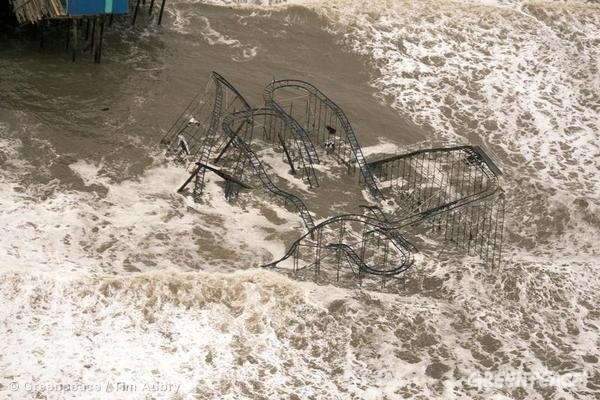 amusement park overtaken by flood waters on new jersey