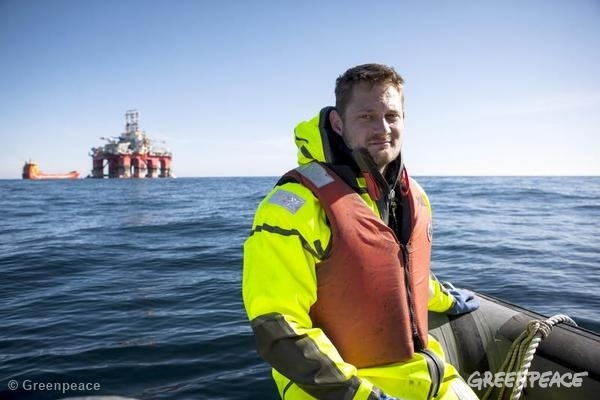 Danish Communication Officer Sune Schelle, during an action in the Arctic. 05/27/2014 © Greenpeace
