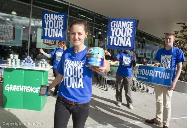 'Change your Tuna' Action in Auckland. 06/08/2012  © Greenpeace