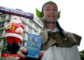 Greenpeace activists hand out GE Free Food Guide 'Summer 2004' edition
