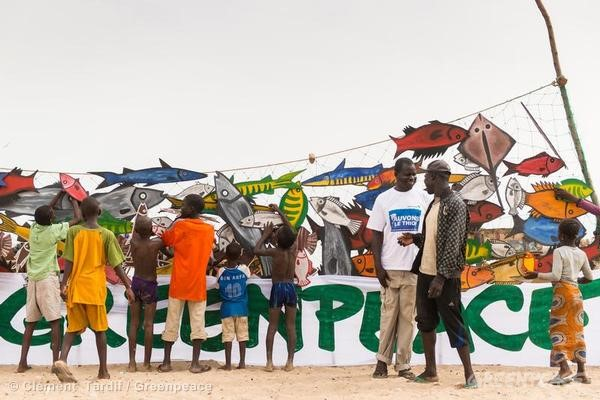 World Oceans Day in Senegal. 06/08/2013 © Clément Tardif / Greenpeace