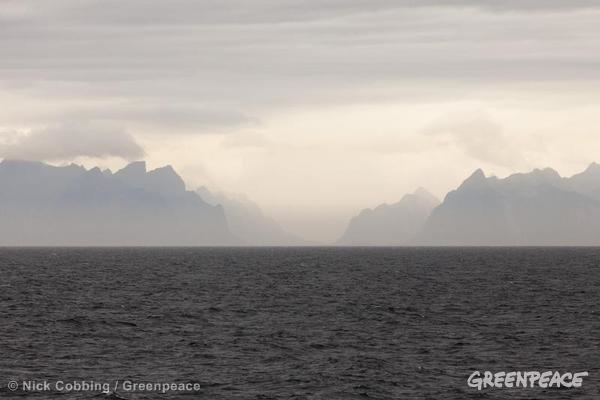 Arctic Sunrise In Norway. Entering the Lofoten Islands via Vestfjorden. 07/31/2013 © Nick Cobbing / Greenpeace