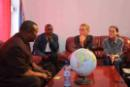 The Governor of Kisangani speaks with Greenpeace