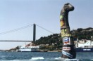 Greenpeace announces ship to Summit with oil dinosaur in Bosphorus