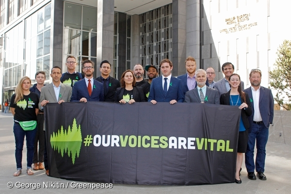 Resolute Forest Hearing in San Francisco 10/10/2017 © George Nikitin / Greenpeace