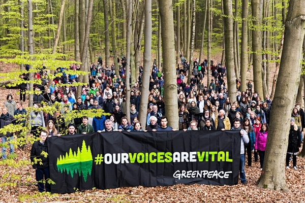 Our voices are vital Germany © Fred Dott Greenpeace