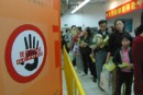 Companies in China clear genetically engineered food off their shelves