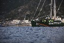 La Rainbow Warrior all'Isola del Giglio