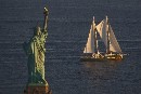 La nuova Rainbow Warrior a New York