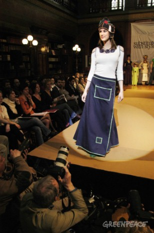 Models, music and human health come together at a fashion show aimed at members of the European Parliament and Council in Brussels. Clothes by Marie Cabanac for Ethic Wear.