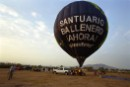 Hot-air balloon demanding a Mexican whale sanctuary