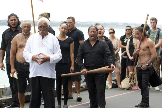 Pakihana Hawke of Ngāti Whātua o Orakei welcomes the Rainbow Warrior into Auckland