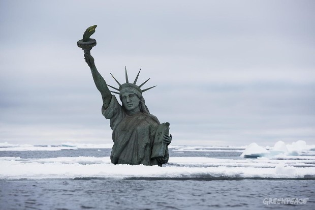 Statue of Liberty Action at the Arctic Sea Ice Edge