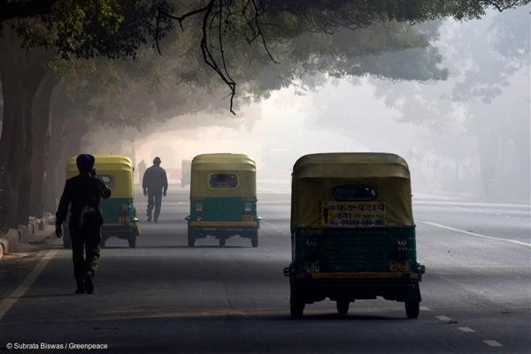 commutes on auto rickshaws
