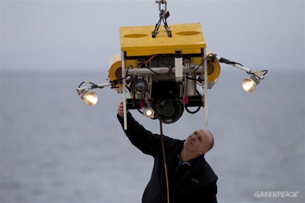 Getting Ready to Photograph the Arctic Seabed