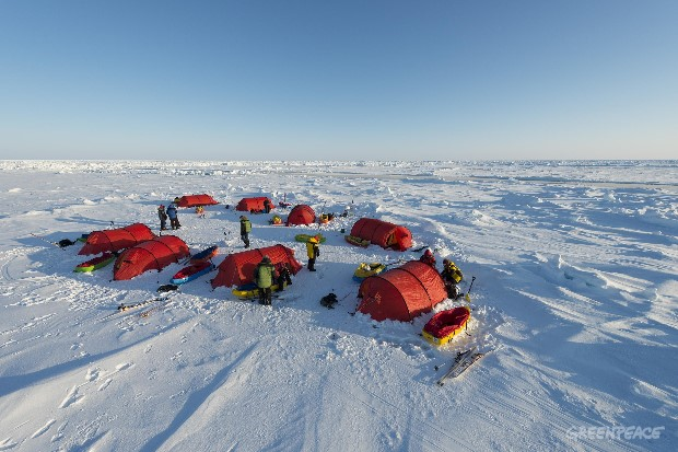 En Routé to the North Pole